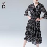 初语夏季新款 复古印花蝴蝶袖百褶边过膝雪纺连衣裙