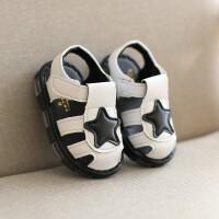 2019年春夏新品婴儿凉鞋1-3岁防滑软底男童包头宝宝儿童鞋小白鞋女孩带亮灯女童沙滩鞋休闲运动机能鞋