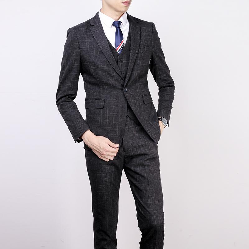 格子休闲西装男套装修身韩版英伦风新郎结婚礼服男士帅气小西服 黑色 三件套 发货周期:一般在付款后2-90天左右发货,具体发货时间请以与客服协商的时间为准