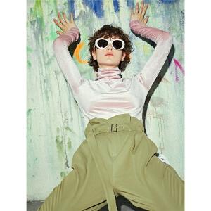 两三事偶像光环2018秋新款人物印花丝绒高领长袖T恤女修身打底衫S18QT008
