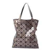 日本同款2018新款女包几何菱格手提包竖款单肩包折叠百变女士包包 珠光灰 6X7