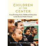 【预订】Children at the Center 9781682532027