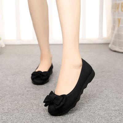 布鞋女新款时尚平底豆豆单鞋上班软底黑色工作鞋不累脚