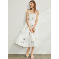 Amii极简度假风白色连衣裙2021夏季新显瘦百褶裙印花雪纺吊带裙女