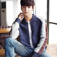 秋冬秋季青年毛衣直筒V领韩版套头长袖男士休闲常规针织衫