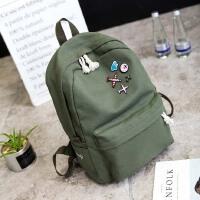 韩版简约纯色帆布双肩包徽章时尚背包外贸学院风初中高中学生书包