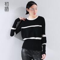 初语冬季新品 简约撞色条纹宽松羊绒毛衣女 8540423052