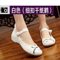 莫戈里绣花鞋广场舞鞋女四季新款老北京布鞋软底白色舞蹈鞋民族跳舞鞋