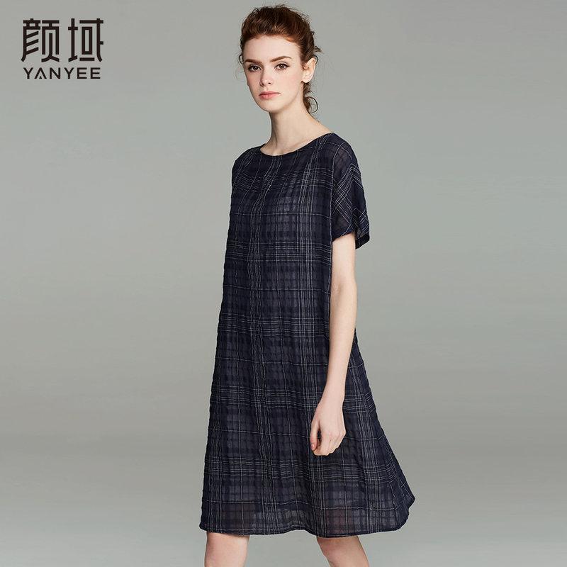 颜域品牌女装2017夏季新款文艺短袖格子A字裙女中长款连衣裙宽松廓形 英伦格纹