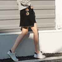 【预估价127元】Amii极简欧货chic休闲半身裙2019秋季新磨破做旧绣花直筒牛仔短裙