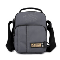 休闲包 新款时尚男士单肩斜挎包户外手提斜跨男包多功能旅行背包