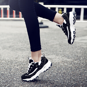 【满200减20/满300减30】Q-AND/奇安达经典女士黑银跑步鞋休闲增高熊猫鞋慢跑鞋