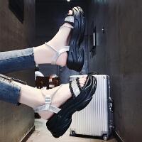 夏季时尚欧洲站网红罗马凉鞋女夏中跟2019新款防滑不磨脚百搭水钻厚底松糕女士沙滩鞋