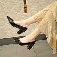 高跟鞋粗跟2019秋季新款韩版尖头拼接职业中跟单鞋百搭小清新少女百搭