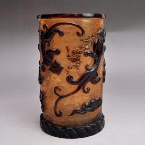 料器精品浮雕貔貅送福笔筒收藏