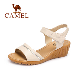 Camel/骆驼 新款夏季休闲舒适坡跟凉鞋女简约水钻女鞋