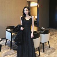 很仙的法国小众连衣裙女时尚气质女神毛毛流苏收腰显瘦长款吊带裙