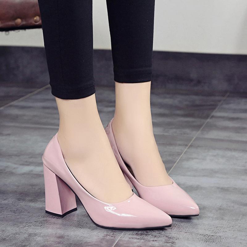 2018春秋单鞋韩版女鞋裸色高跟鞋中跟粗跟尖头鞋漆皮工作鞋婚鞋女
