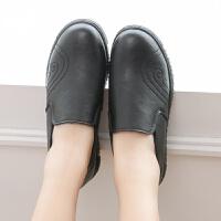 春秋款中老年女平底休闲鞋圆头软底一脚蹬女士皮鞋大码妈妈鞋 黑色 【单鞋】