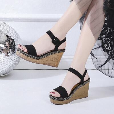 坡跟凉鞋女2019夏季新款中跟高跟凉鞋厚底松糕鞋防水台一字扣凉鞋