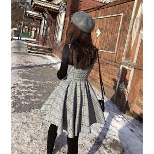 谜秀格子连衣裙2017秋冬装新款韩版修身格子背心裙收腰短款裙子潮
