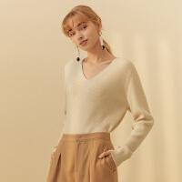 【2件1.5折价:89.9,25日0点可叠券】纯羊毛MECITY女装2018冬季新款纯色毛织V领套头衫