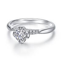 白18K金钻戒女款时尚镶红宝石钻石需定制