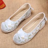 汉服鞋子老北京布鞋绣花鞋表演跳舞弓鞋翘头鞋名族风古风女鞋平底