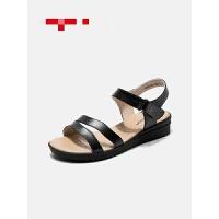 女鞋夏季新款凉鞋柔软舒适妈妈鞋坡跟魔术贴女凉鞋