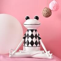 北欧风格青蛙家居装饰品摆件简约现代办公室电视柜摆件创意小摆设