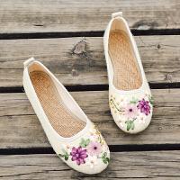春夏新款女鞋老北京布鞋民族风白色绣花鞋子平底妈妈亚麻大码单鞋 白色 008-8
