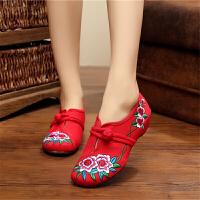 老北京布鞋女平底绣花鞋深口单鞋民族风广场舞蹈鞋软底牛筋底妈妈