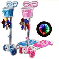 儿童滑板车 四轮蛙式闪光摇摆滑滑车 宝宝2岁3岁6岁4-5岁 小孩剪刀车