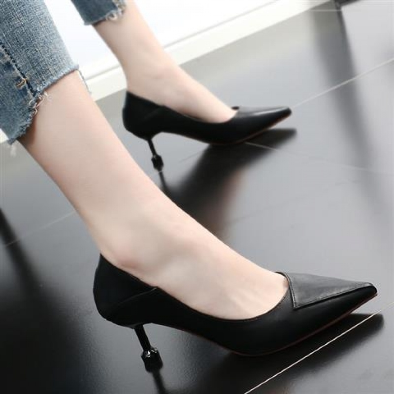 英伦风小皮鞋女2019新款欧美猫跟网红女鞋细跟尖头高跟单鞋浅口OL