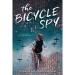 【预订】The Bicycle Spy