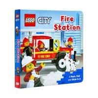 乐高消防局英文原版 Lego Fire Station 纸板机关操作活动书 幼儿启蒙学习
