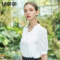 Lgogo/拉谷谷2019夏季新款时尚荷叶边V领短袖衬衫女IACC235A25