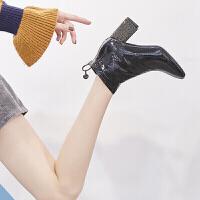 新款马丁短靴女时尚新款方头粗跟英伦水钻包跟后拉链气质性感百搭短靴潮