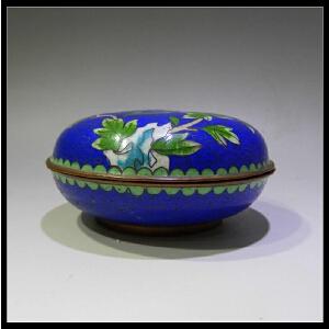 景泰蓝洞石花卉印泥盒