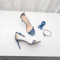 一字扣带凉鞋女夏仙女风圆头细跟高跟鞋2019新款露趾绒面女鞋 蓝色 跟高8cm