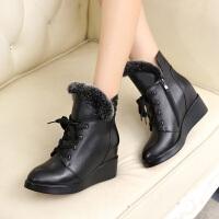 娜箐箐冬新款休闲牛皮坡跟尖头防水台短筒靴女鞋真皮女靴短靴