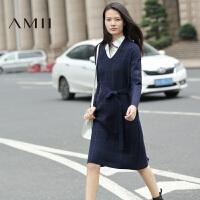 【AMII 超级品牌日】AMII[极简主义]秋新V领长袖腰带格纹针织大码连衣裙11681967