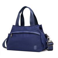 尼龙包布包包女新款大容量单肩斜挎包休闲帆布大嘴包搭女包