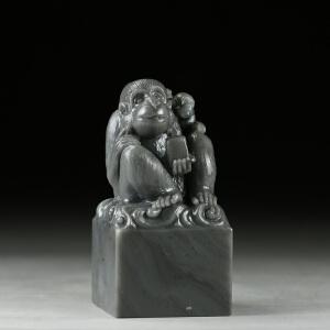 寿山鸡母窝高山石 精雕吉祥猴大材印章 jd3072