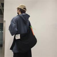 帆布包男韩版简约休闲斜挎包女大容量单肩包