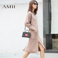 AMII[极简主义]秋冬宽松小V领长袖中长款毛衣连衣裙11681777