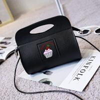 女士单肩包手提包斜挎小包包休闲新款春秋季韩版可爱潮女包送卡包
