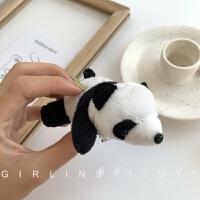 日系可爱趴在你身上的卡通毛绒熊猫胸针创意百搭公仔包包装饰别针
