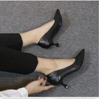 软皮高跟鞋女网红不磨脚少女单鞋细跟尖头猫跟黑色工作鞋软底中跟