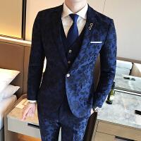 四季新款男士韩版修身色织印花西服套装潮流青年免烫新郎三件套